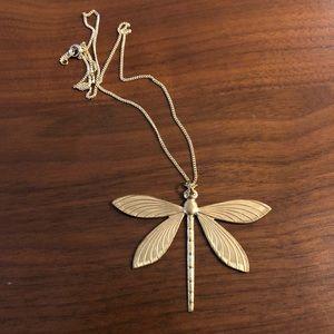 Jewelry - Gorgeous ornate brass dragonfly necklace